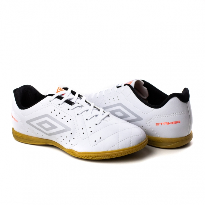 Tênis Indoor Striker 6 Umbro - Branco/prata